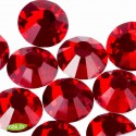 Swarovski Rhinestones, Light Siam, 4mm